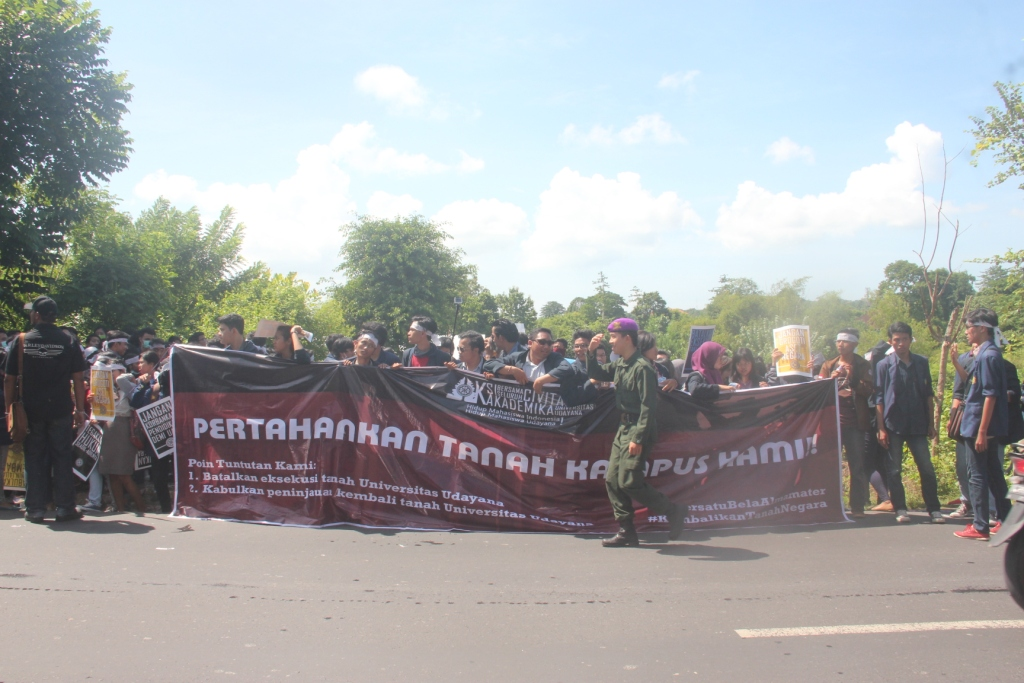 Demo di Jimbaran 20 April 2015