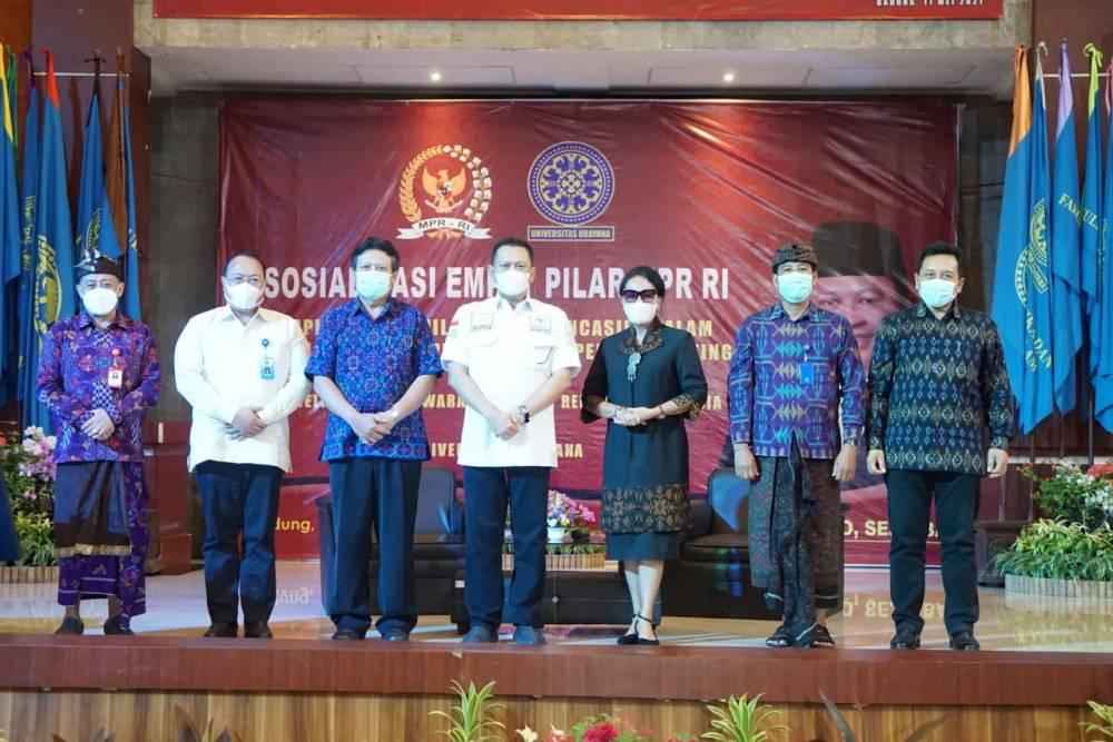 Fakultas Hukum Unud Kerjasama dengan MPR RI Gelar Sosialisasi Empat Pilar MPR RI