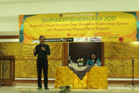 PUBLIC HEALTH STUDENT ASSOCIATIONS FACULTY OF MEDICINE UDAYANA HELD SEMINAR PF HELATH AKA 2017