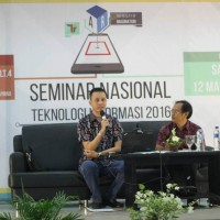 Information Technology Students' Association Udayana University Held National IT Seminar 2016 The Reality of Imagination
