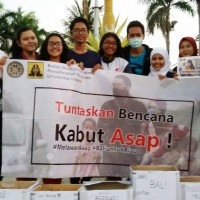 Students of Udayana Raise Funds for Riau