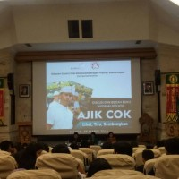 "Udayana Science Club Held the Discussion about Creative Biography Book of ""Ajik Cok"""