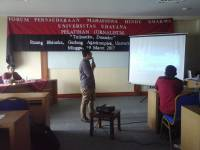 FPMHD (Hindu Dharma Student Fraternity Forum) Udayana University Held a Journalism Training 2017