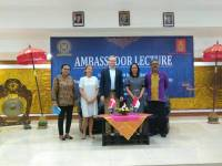 THE DUTA OF DENMARK FOR INDONESIA SHARES SCIENCE TO UDAYANA UNIVERSITY STUDENTS
