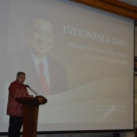 SBY GAVE A PUBLIC LECTURE IN UDAYANA UNIVERSITY
