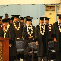 Udayana University held the 113th Graduation Ceremony