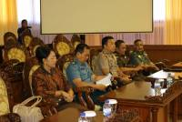 RECTOR UNUD ATTENDED THE PARIPURNA MEETING DPRD BALI PROVINCE