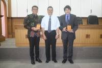 'Minister Ambassador shared to the Campus' Presented Dewa Made Juniarta Sastrawan