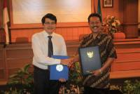 Signing Ceremony of the MoU between the Ministry of Foreign Affairs of the Republic of Indonesia and University of Udayana