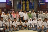 SMAN 4 CIREBON, WEST JAVA TAKING BACK VISIT TO THE UDAYANA UNIVERSITY