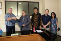 IAfD, AUSTRALIA COOPERATION WORKING AGRICULTURE WITH UNIVERSITY UDAYANA