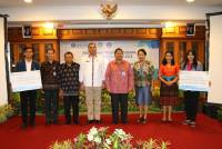 IMPROVING QUALITY OF HUMAN RESOURCES, 100 SCHOLARSHIP IS OFFERED BY BANK INDONESIA