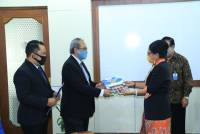 The Chancellor of Udayana University Handed Over the Interim SK Decree of the Bachelor of Law Study Program and Coordinator of the Law Study Master Program
