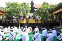 Pujawali at the Widya Maha Amrta Temple, Udayana University, Sudirman Campus. Pray for the Covid Pandemic to End Soon