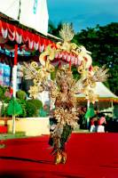 UDAYANA UNIVERSITY STUDENT BROUGHT BALI IN ACHIEVING TOMINI FASHION CARNAVAL 2018'S CHAMPION TITLE