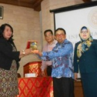 The Visit of Management Study Program of Faculty Economy, Tridinanti Palembang
